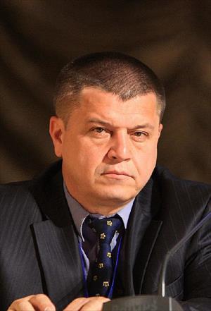 Tatar Siyasetçi: 'Ukrayna, Kırım'dan Vazgeçti'