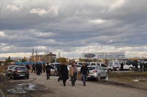 Iğdır'da motosikletten polis aracına ateş açıldı