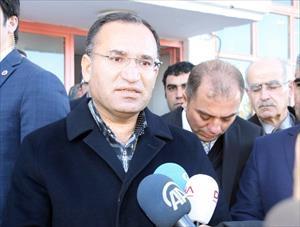 Bakan Bozdağ'dan 'cuma düzenlemesi' açıklaması
