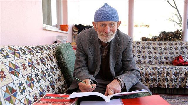 İmamlık hayalini 71 yaşında gerçekleştirmeye çalışıyor