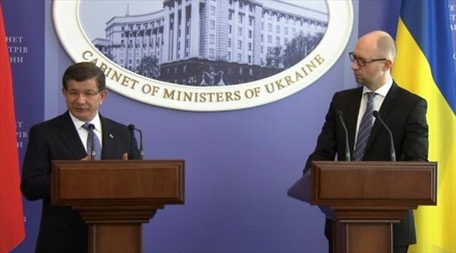 Rusya'ya eleştirilerini Ukrayna'dan sürdürdü