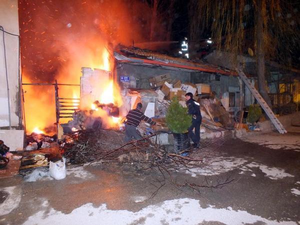 Yozgat'ta korkutan yangın