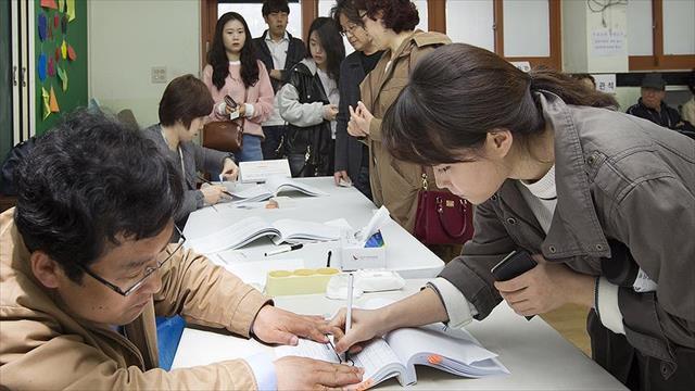 Güney Kore seçimlerinde zafer muhalefetin