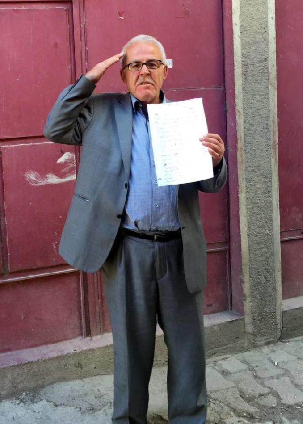 Şehit babası oğlunun adının bir okula verilmesini istiyor