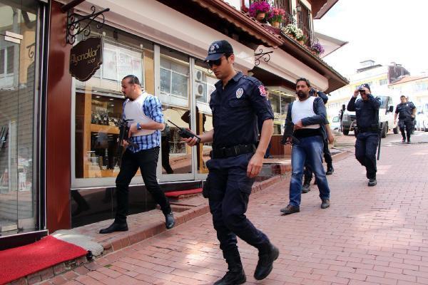 Bolu'da soygun tatbikatı gerçeğini aratmadı