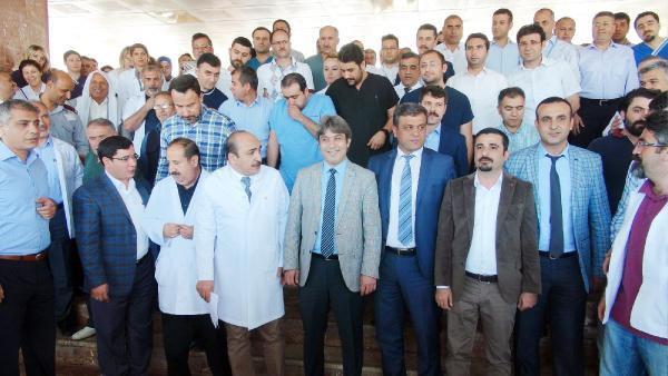 Şanlıurfa'da sağlık çalışanlarından doktora saldırıya tepki