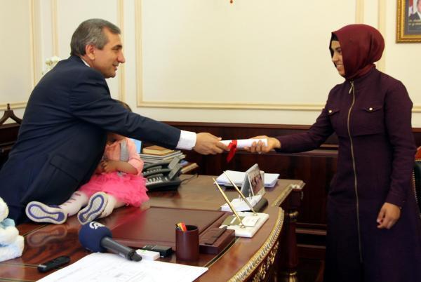 Şehit ailesine ev alındı, kızı Sevil Naz'a altın takıldı