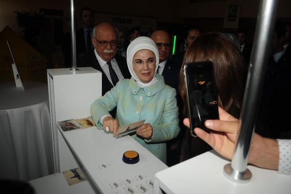 Emine Erdoğan'dan ailelere bağımlılıkla mücadele mesajı