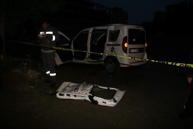 Yozgat'ta trafik kazası: 2 polis yaralandı