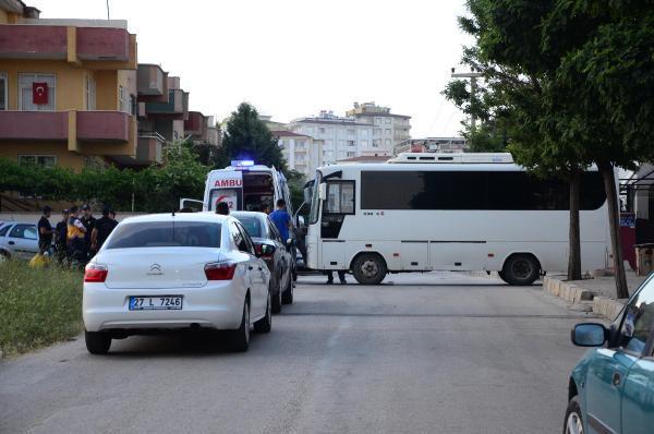 Gaziantep'te IŞİD operasyonu, patlama ve silah sesleri geliyor (2) - yeniden