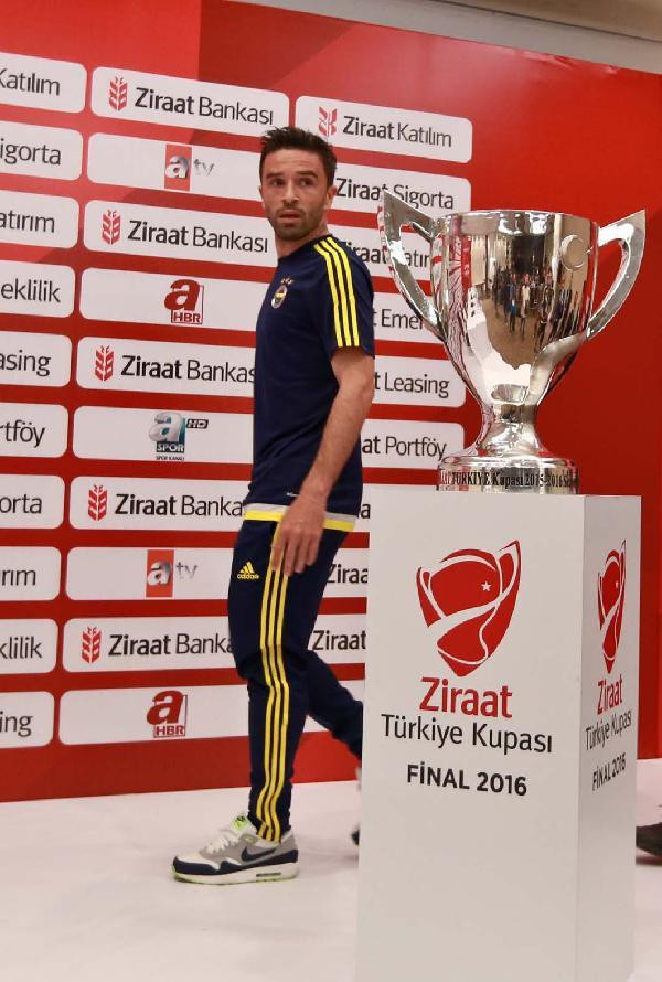 Pereira: Hedef kupayı kazanmak (1)
