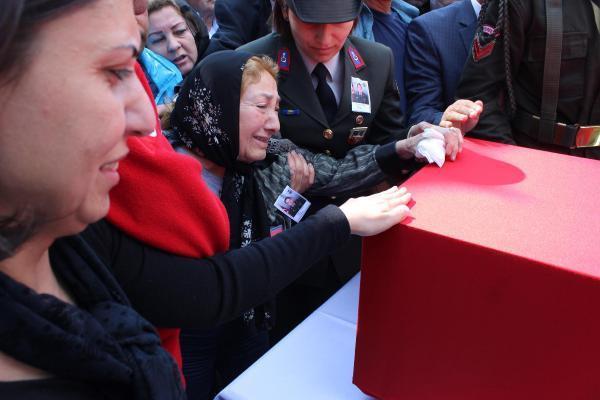 Binbaşı Cesur'un cenazesi baba ocağı Muğla'da (3)