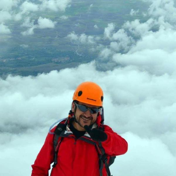 Demirkazık'ta düşen dağcılık antrenörü, Bolu'da toprağa verildi