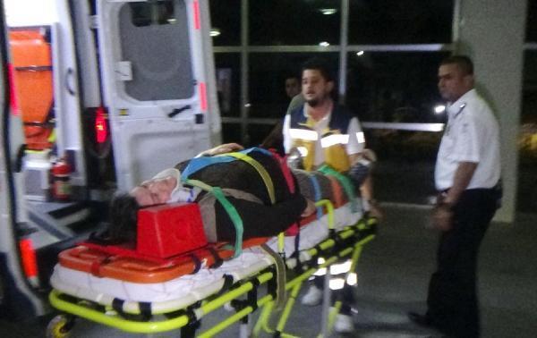 Karaman'da 2 otomobil kavşakta çarpıştı: 9 yaralı