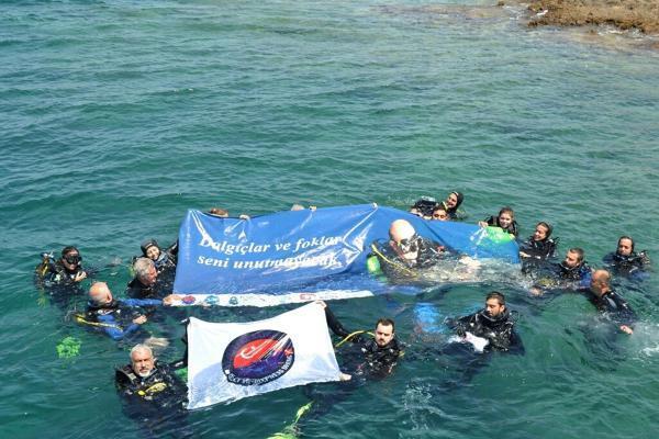 Mustafa Koç'u deniz altında andılar