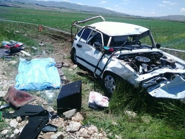 Bayram ziyareti yolunda kaza: 1 ölü, 6 yaralı