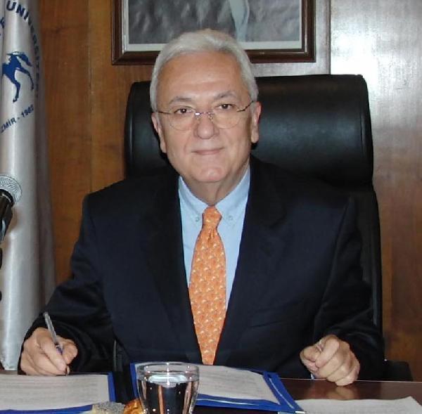 Dokuz Eylül Üniversitesi açığa alınacaklar için komisyon kurdu