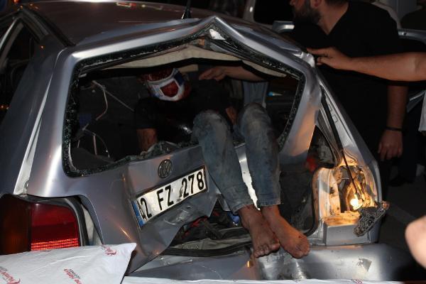 Otomobilin bagajına fırlayan yaralıyı fark etmedi, dakikalarca taşıdı