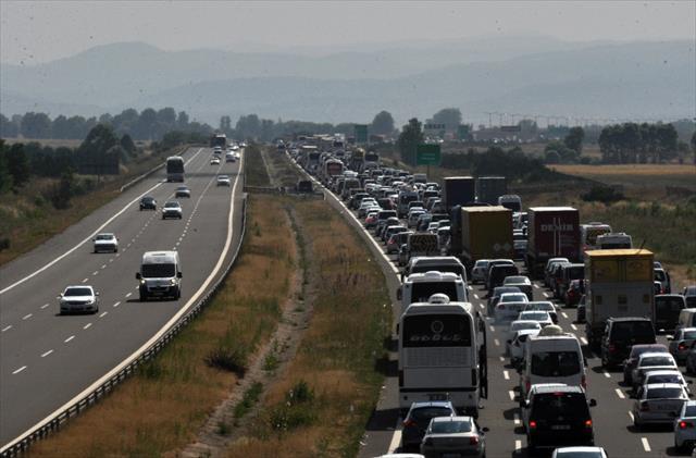 TEM otoyolu Bolu kesimi trafiğe kapanıyor