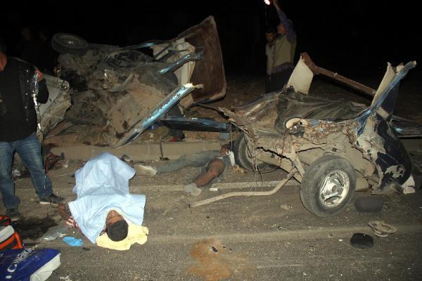 Şanlıurfa'da kaza: 12 yaralı