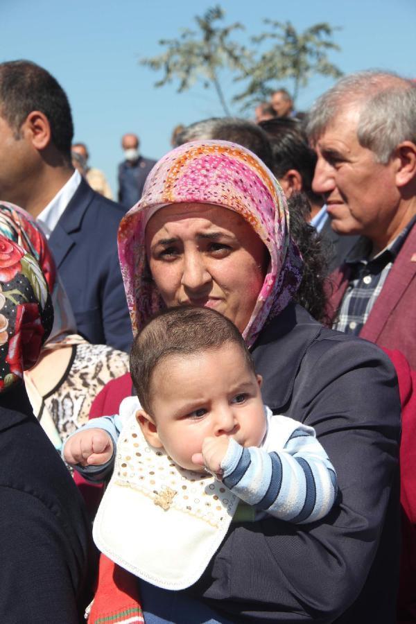 CHP'liler Sultangazi'de taş ocağı eyleminde
