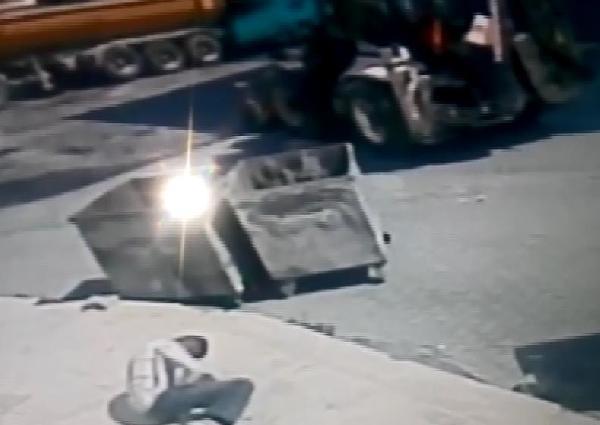 Sokakta oynarken kavgada ateşlenen silahtan çıkan kurşunla öldü