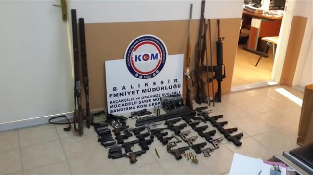 Kurusıkı silahları gerçeğe çeviren şahıs tutuklandı