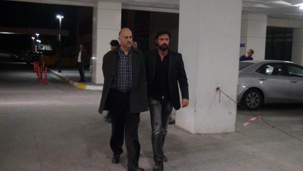 FETÖ firarileri gizlendikleri TIR'da Romanya'ya kaçarken yakalandı