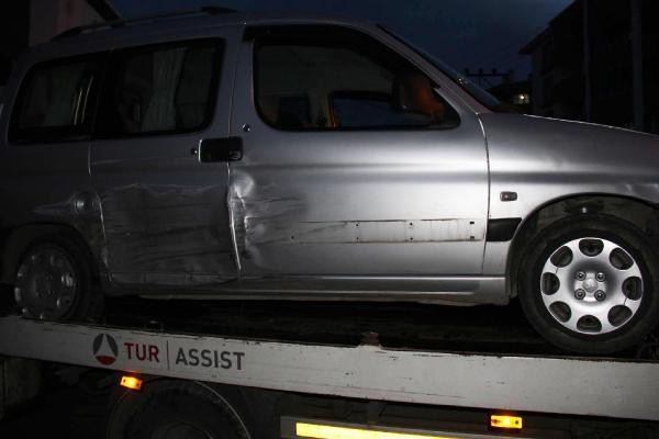 Yanlışlıkla askeriyeye giren alkollü sürücü kaza yaptı