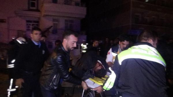 Otomobil ile işçi servisi çarpıştı: 1 ölü, 2 yaralı