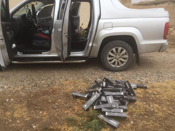 Karaman'da kamyonette 9 bin paket kaçak sigara