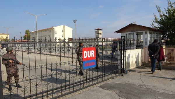 Demirtaş'ın Zeydan'la aynı koğuşta kalma talebi reddedildi