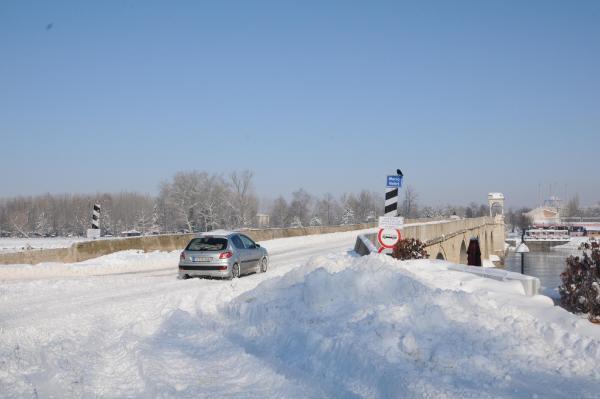 Trakya'da kar, yerini buzlanmaya bıraktı