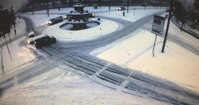 Sürücülerin karla imtihanı MOBESE'ye yansıdı