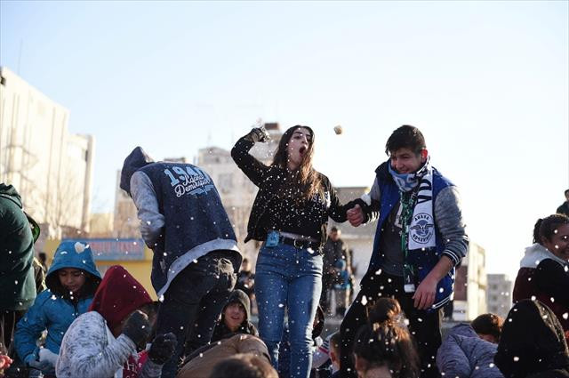 Böyle olur Adanalıların kar sevinci