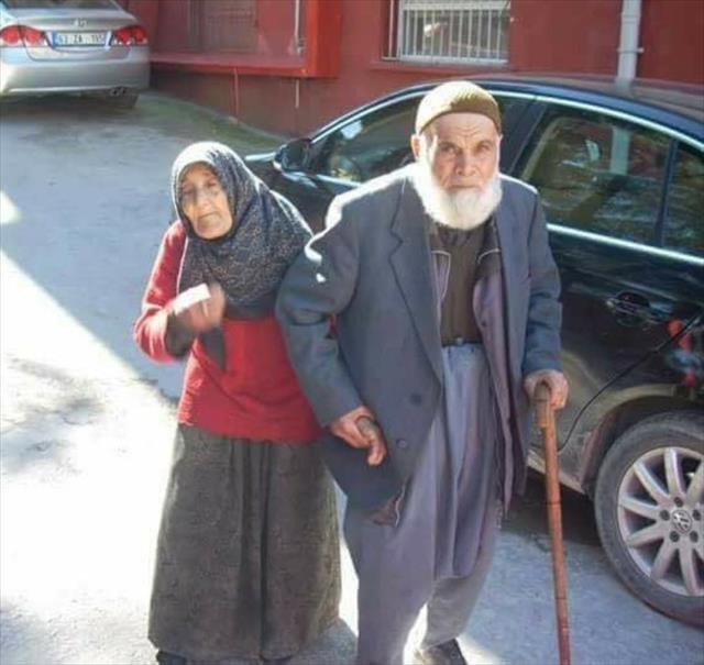 Sobadan zehirlenen yaşlı çift öldü