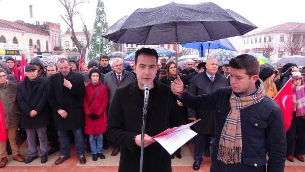 Edirne'de CHP'lilerden anayasa değişikliği protestosu