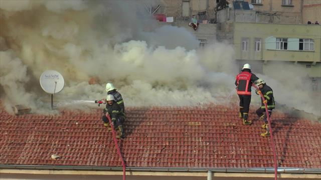 Öğrenciler dersteyken yangın çıktı