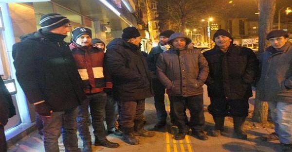 TOKİ'den ev için 3 gündür banka önünde bekliyorlar