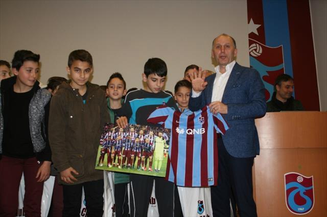 Muharrem Usta: Trabzon'u futbolcu havzası yapmak istiyoruz