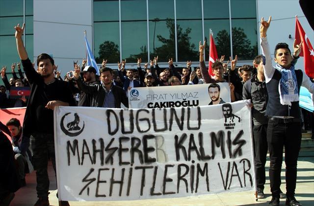 Üniversiteliler Fırat Yılmaz Çakıroğlu için yürüdü