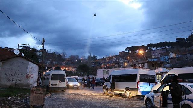 Balıkesir'de 400 polisle uyuşturucu operasyonu: 32 gözaltı