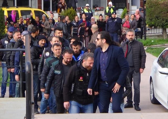 Şafak operasyonunda 32 tutuklama