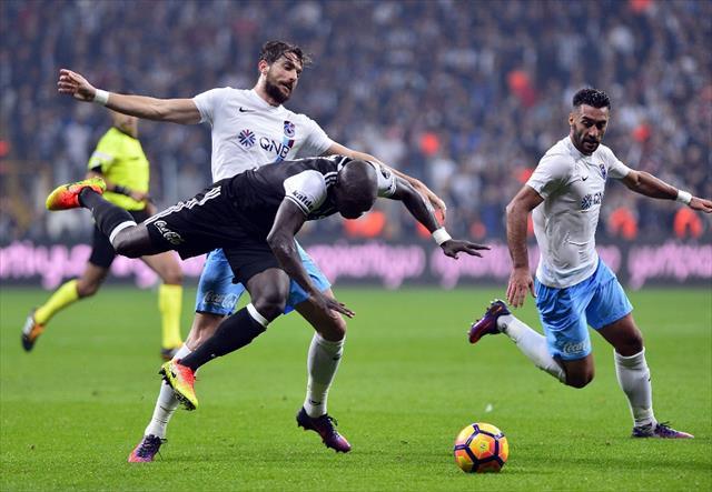 Trabzonspor-Beşiktaş maçının biletlerini satışa çıktı