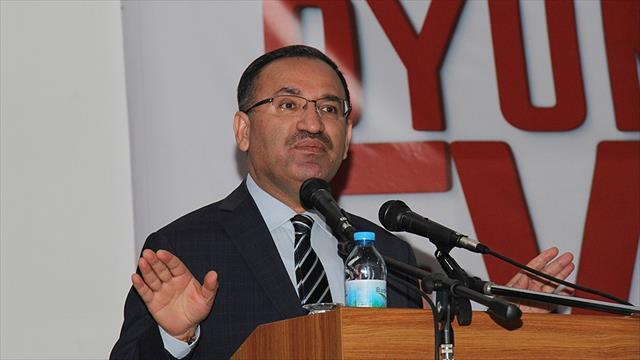 Adalet Bakanı Bozdağ: Yapılan eylem Türkiye'nin içişlerine müdahale anlamı taşır