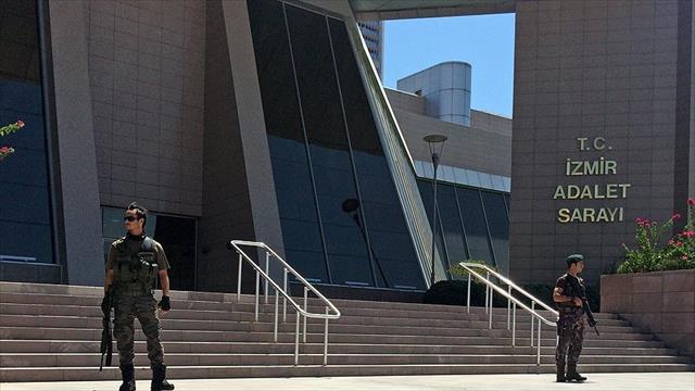 İzmir merkezli 6 ilde FETÖ operasyonu: 17 gözaltı