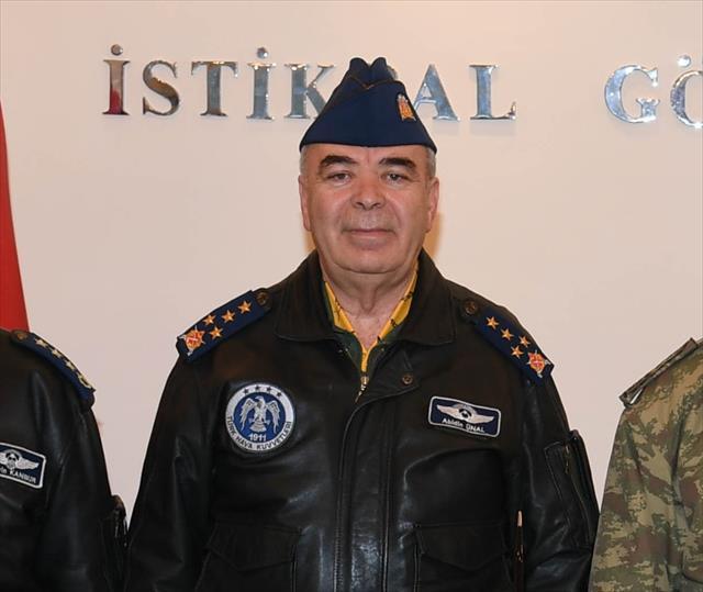 Hava Kuvvetleri Komutanı Ünal'dan 'pilot açığı' açıklaması