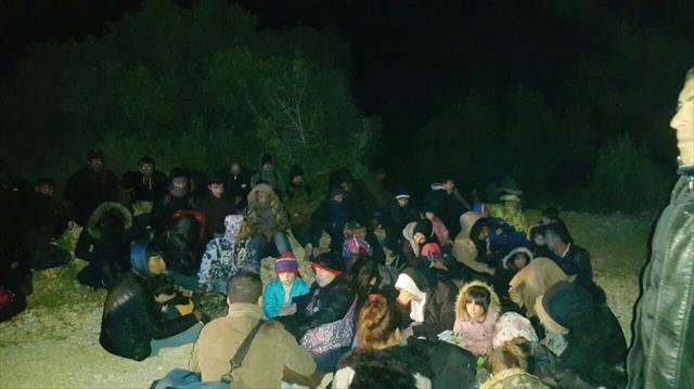 İzmir'den yurt dışına kaçmaya çalışan 113 göçmen yakalandı