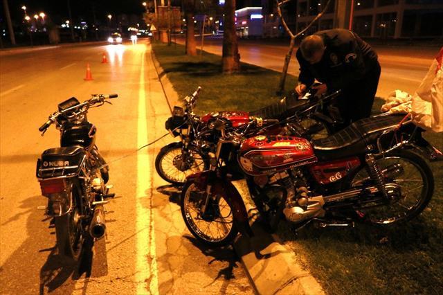 Çalıntı motosikletle motosiklet hırsızlığı girişimi polis takıldı