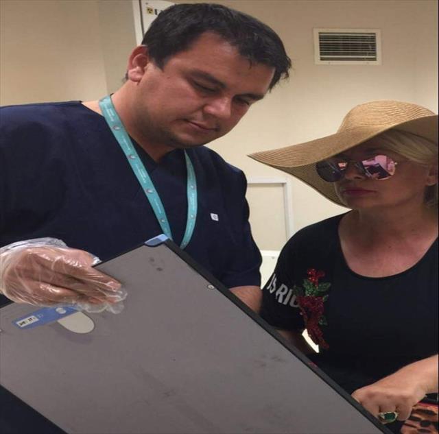 Ünlü sanatçı ATV'den düşüp yaralandı